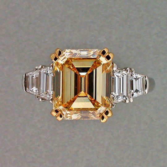 ASSCHER CUT 5.08CT FANCY YELLOW DIAMOND EMERALD ART DECO 18K GOLD RING
